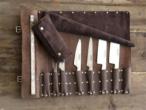 11 Gorgeous Ways To Carry Around Knives