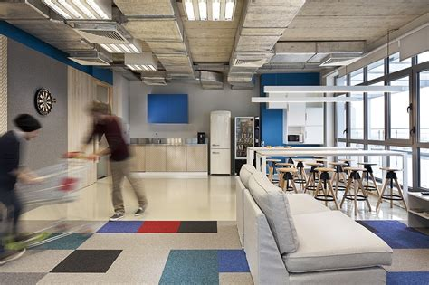 Take a Tour of SiteGround's Cool Headquarters - Officelovin'