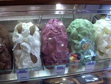File:Gelato in Florence, Italy